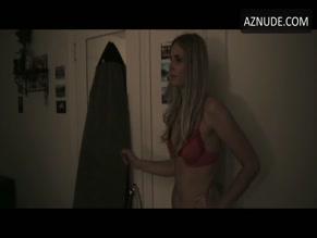 Claudia Pickering  nackt