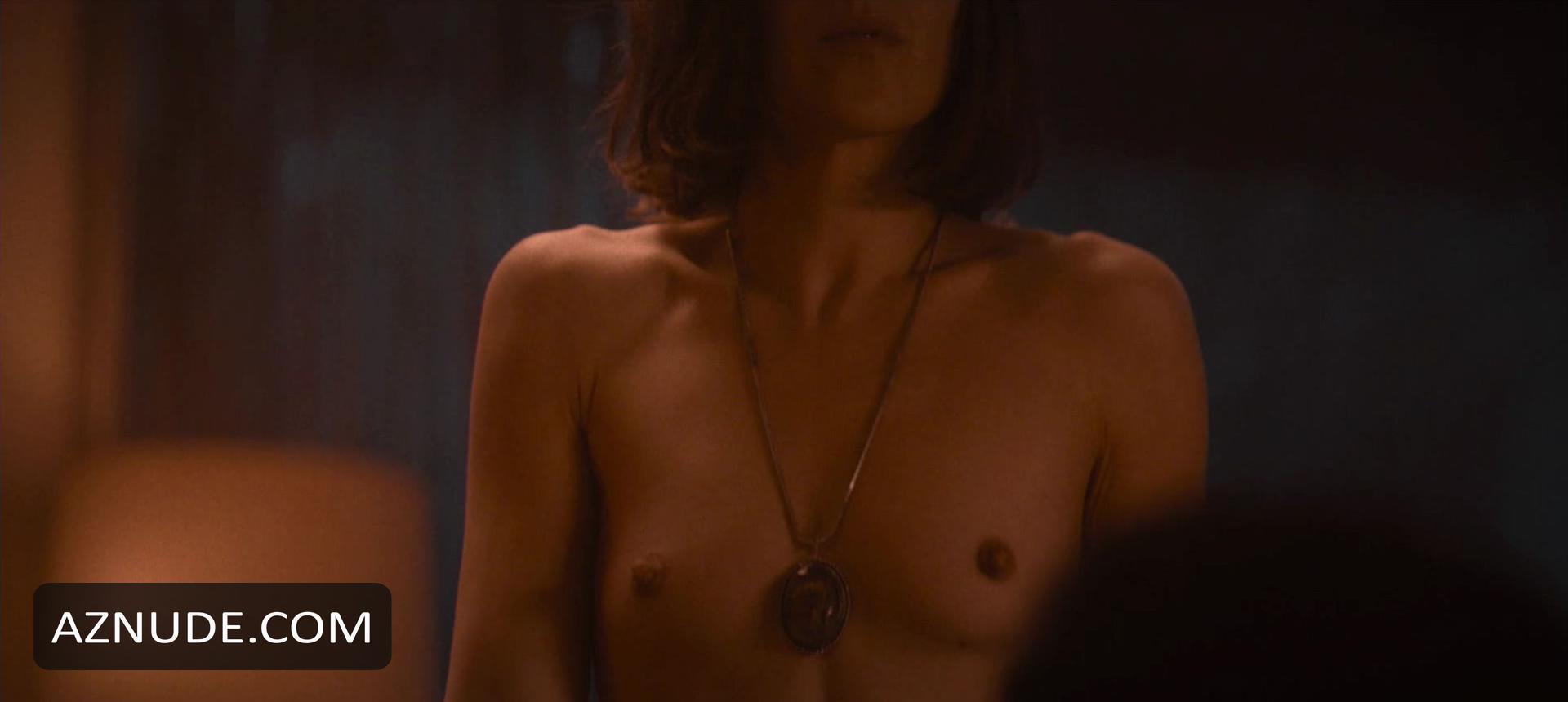 Housewife Nude Scenes - Aznude-4331