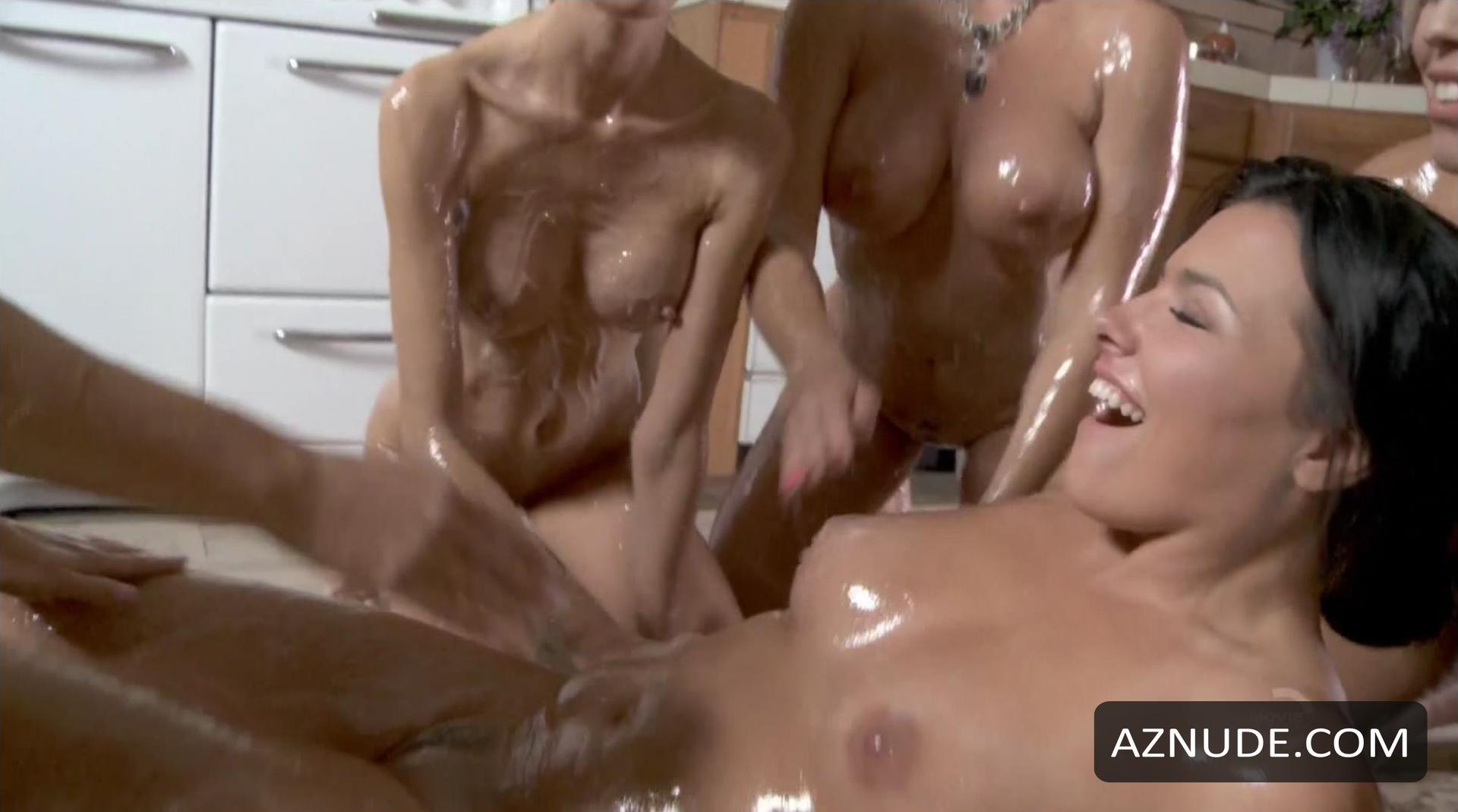 Scared Topless Nude Scenes - Aznude-9949