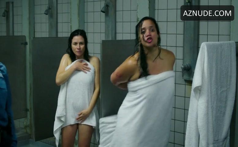 Attractive Dascha Polanco Nude Pic