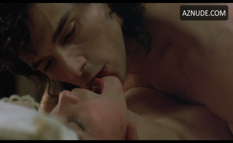 Zentout  nackt Delphine IMDb: Nudity