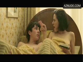 Elaine Cassidy  nackt