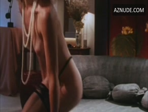ELIZABETH SANDIFER NUDE/SEXY SCENE IN SEXUAL OUTLAWS