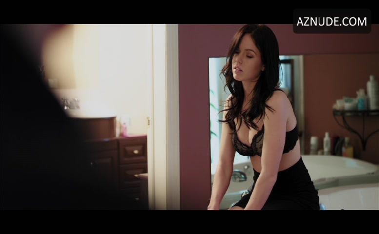 Alatalo  nackt Emily Emily Alatalo