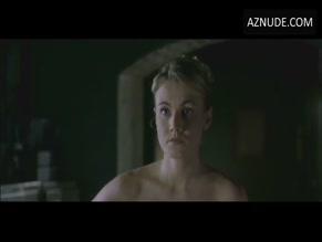 emilly-lloyd-porn