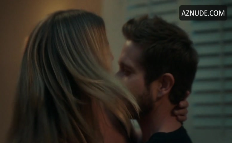 Emily vancamp sex