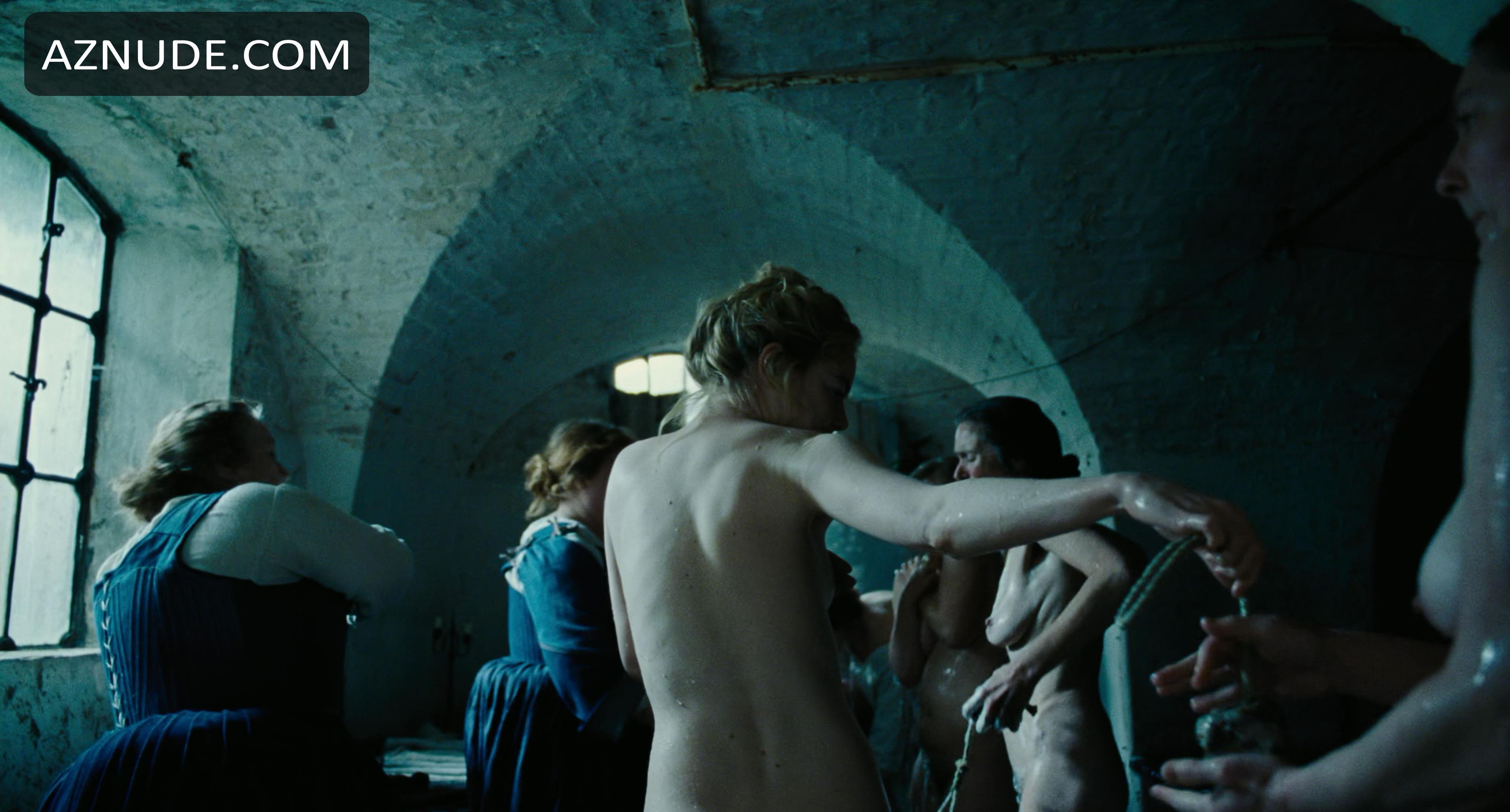 Nude Emma Stone Nude The Favourite HD