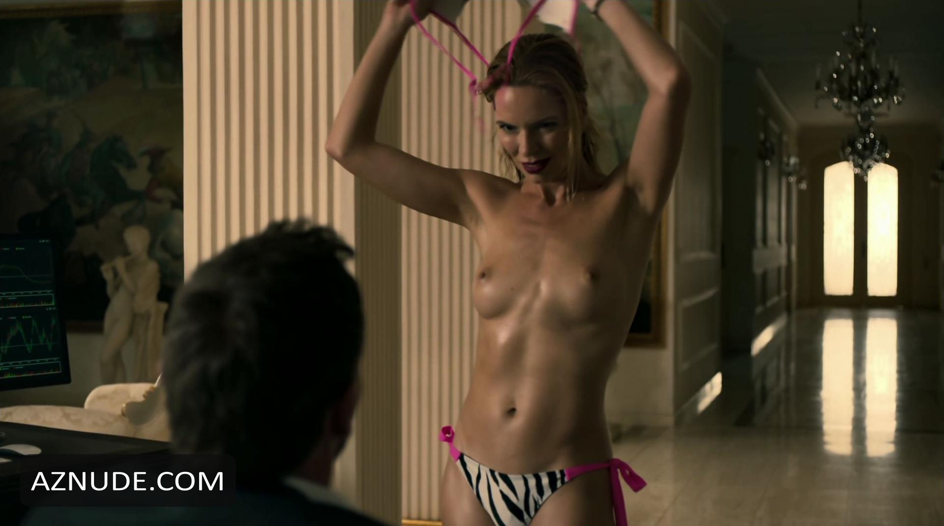 Superstar Michelle Lukes Nude Pic