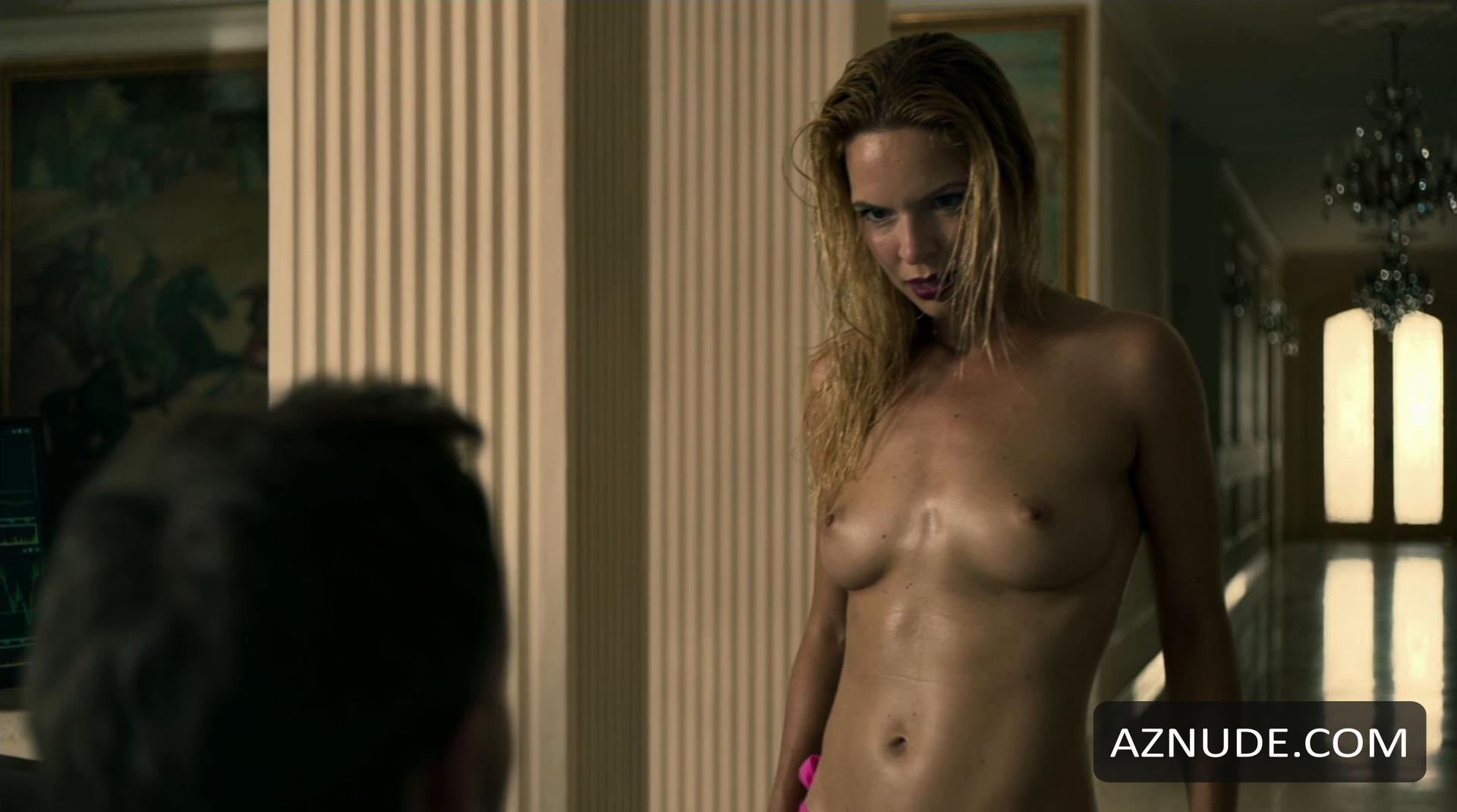 Hot Sai Bennett Nude Pic