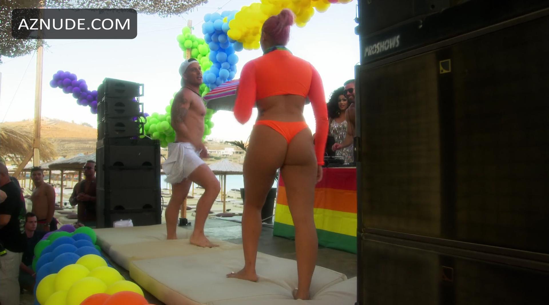 Lindsay Lohans Beach Club Nude Scenes - Aznude-3327