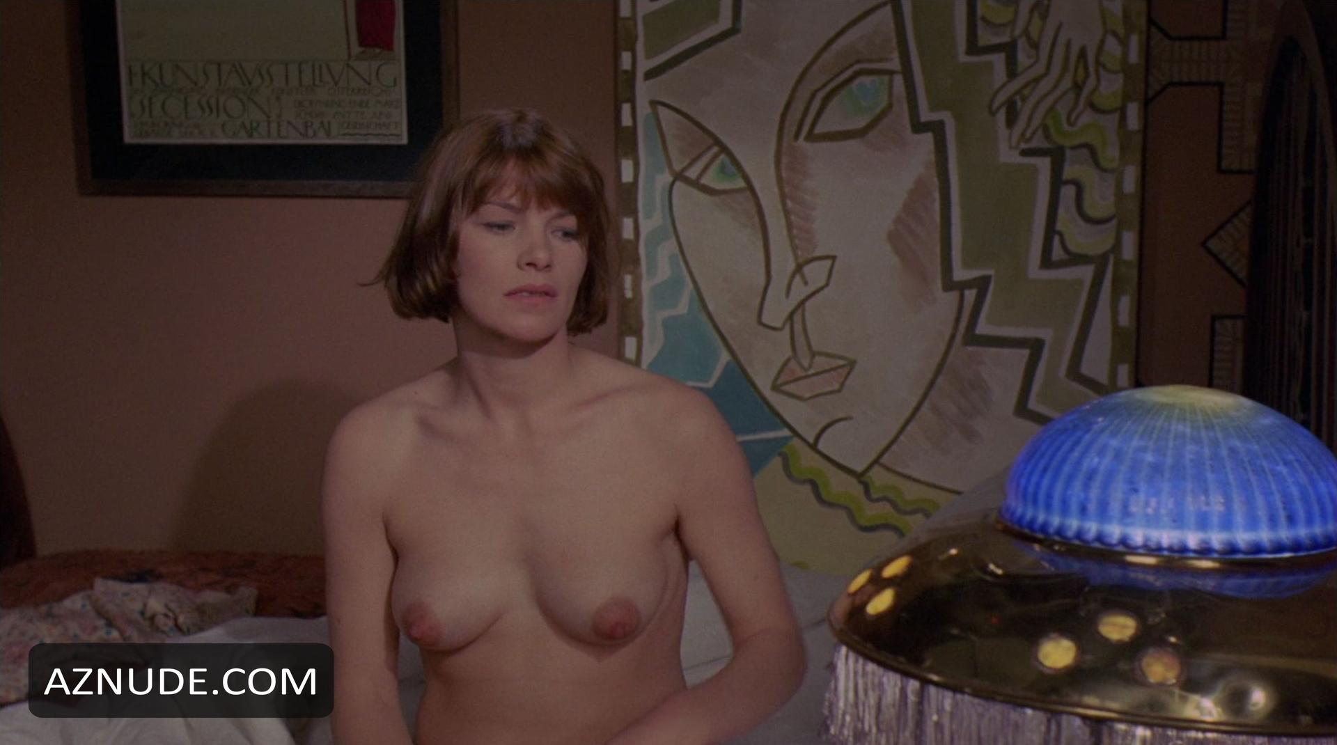 Amateur nude thumb gallery