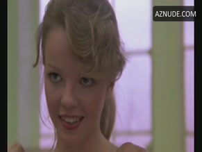 jenifer-inch-nude-video-suck-tities-girls