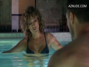 JENNIFER LOPEZ in SHADES OF BLUE(2016-)