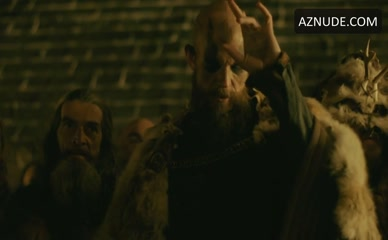 JOSEFIN ASPLUND in Vikings