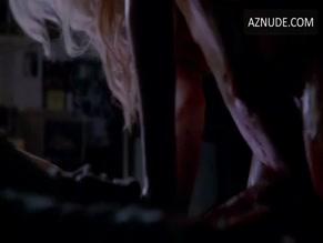 Kamilla Alnes  nackt