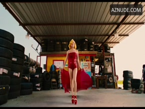 LADY GAGA in MACHETE KILLS(2013)
