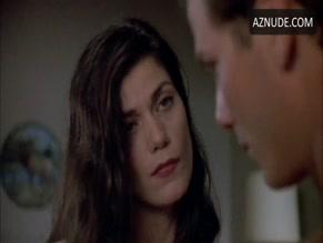 Linda fiorentino sex scene