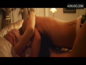 MADISON LAWLOR NUDE/SEXY SCENE IN DADDY ISSUES