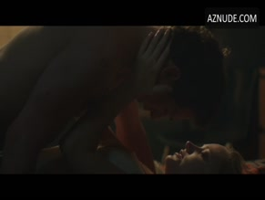 MAIKA MONROE NUDE/SEXY SCENE IN AFTER EVERYTHING