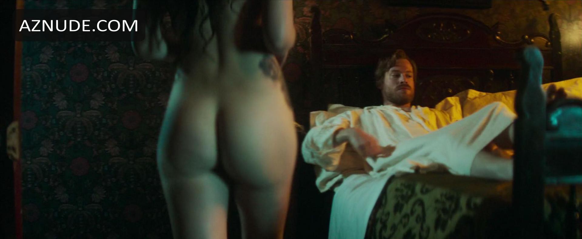 Nude scenes valverde maria