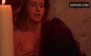 Nadia nackt Henkowa Nadia Henkowa