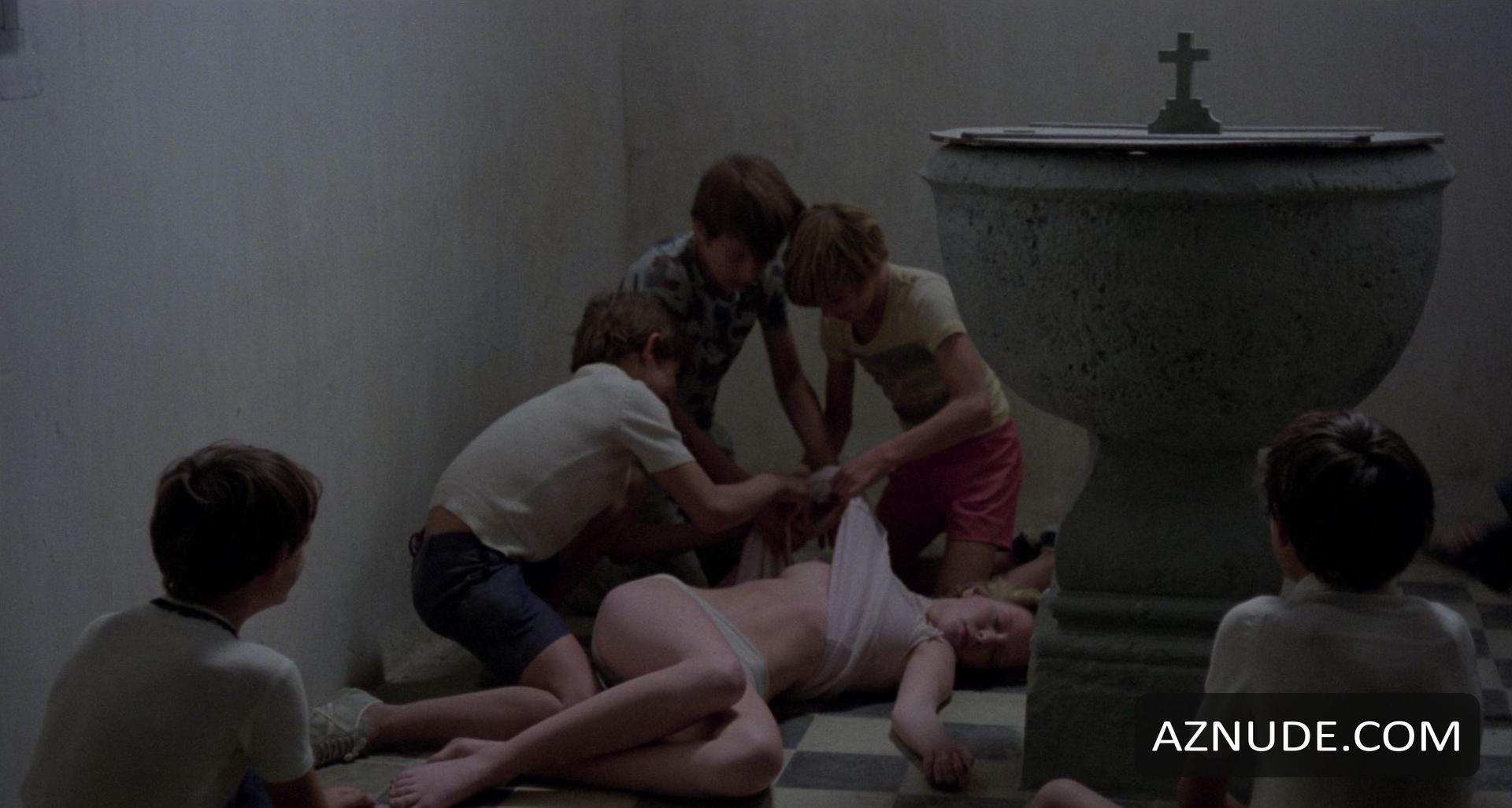 Сцены Изнасилования Девственниц В Фильмах Смотреть