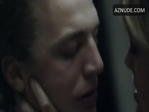 Nora Arnezeder Xanadu Free Sex Videos Watch Beautiful