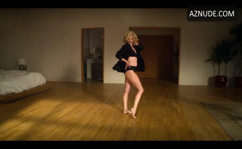 Nackt Megan Ferguson  'Gossip Girl'