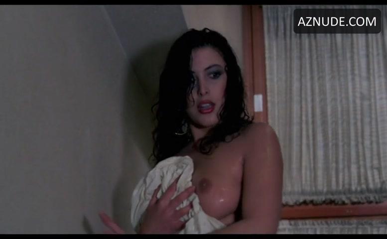 Lights out sex scene