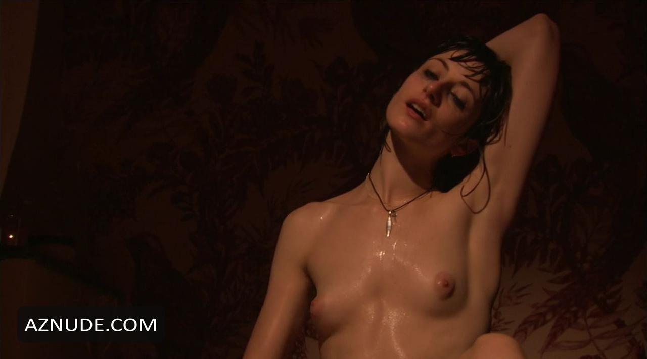 Ruta gedmintas and india wadsworth in a lesbian scene - 3 7