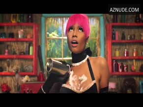 NICKI MINAJ in ANACONDA(2014)