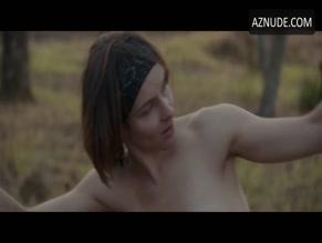 Nackt  Ondina Quadri 'Arianna' Review: