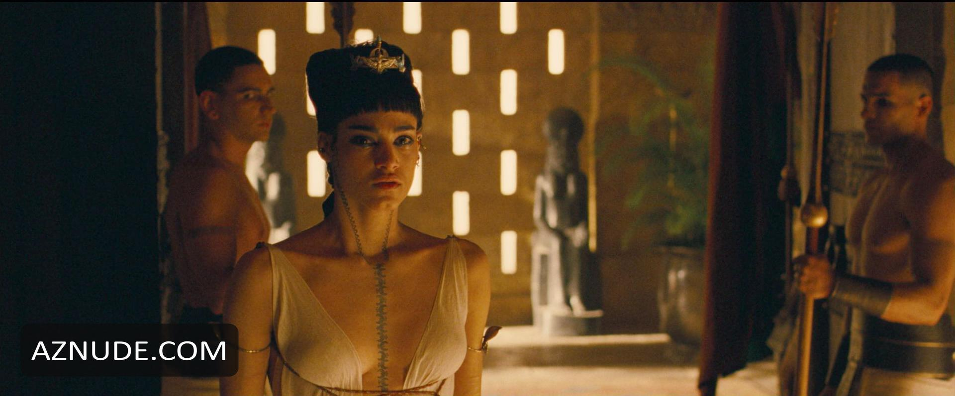 Sorry, that the mummy nude scene can not