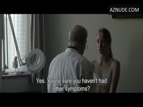 Sonia Suhl  nackt