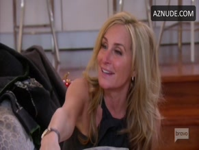 SONJA MORGAN NUDE/SEXY SCENE IN THE REAL HOUSEWIVES OF NEW YORK CITY
