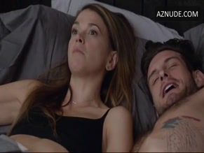 SUTTON FOSTER in YOUNGER (2015-)