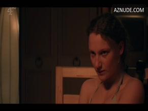 Tallulah Haddon  nackt