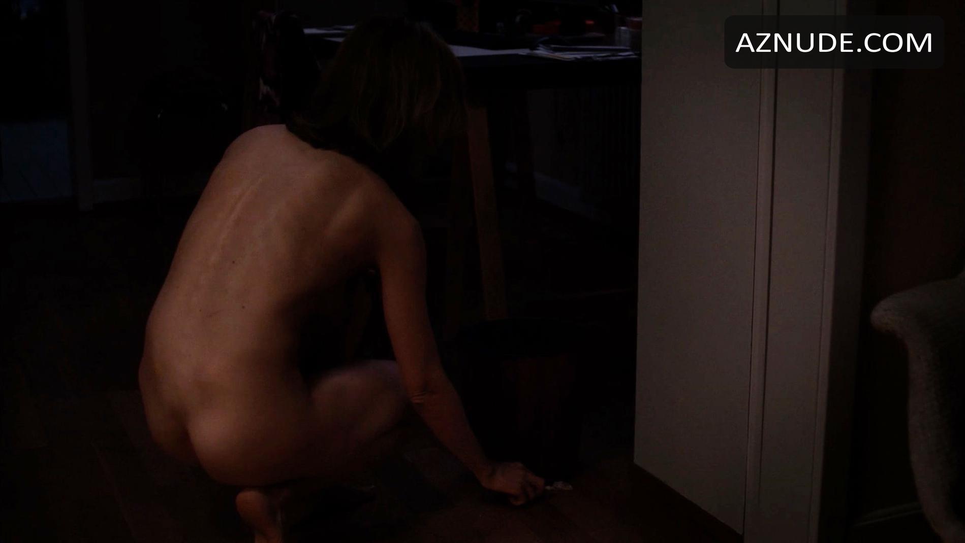 Porn tube Girl masturbating in pool