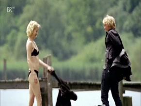 Nackt Teresa Weissbach  Stars nackt