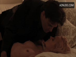 VANESSA KNIGHT NUDE/SEXY SCENE IN KILLER PRIEST
