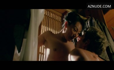Condra nackt Julie  13 Sexiest