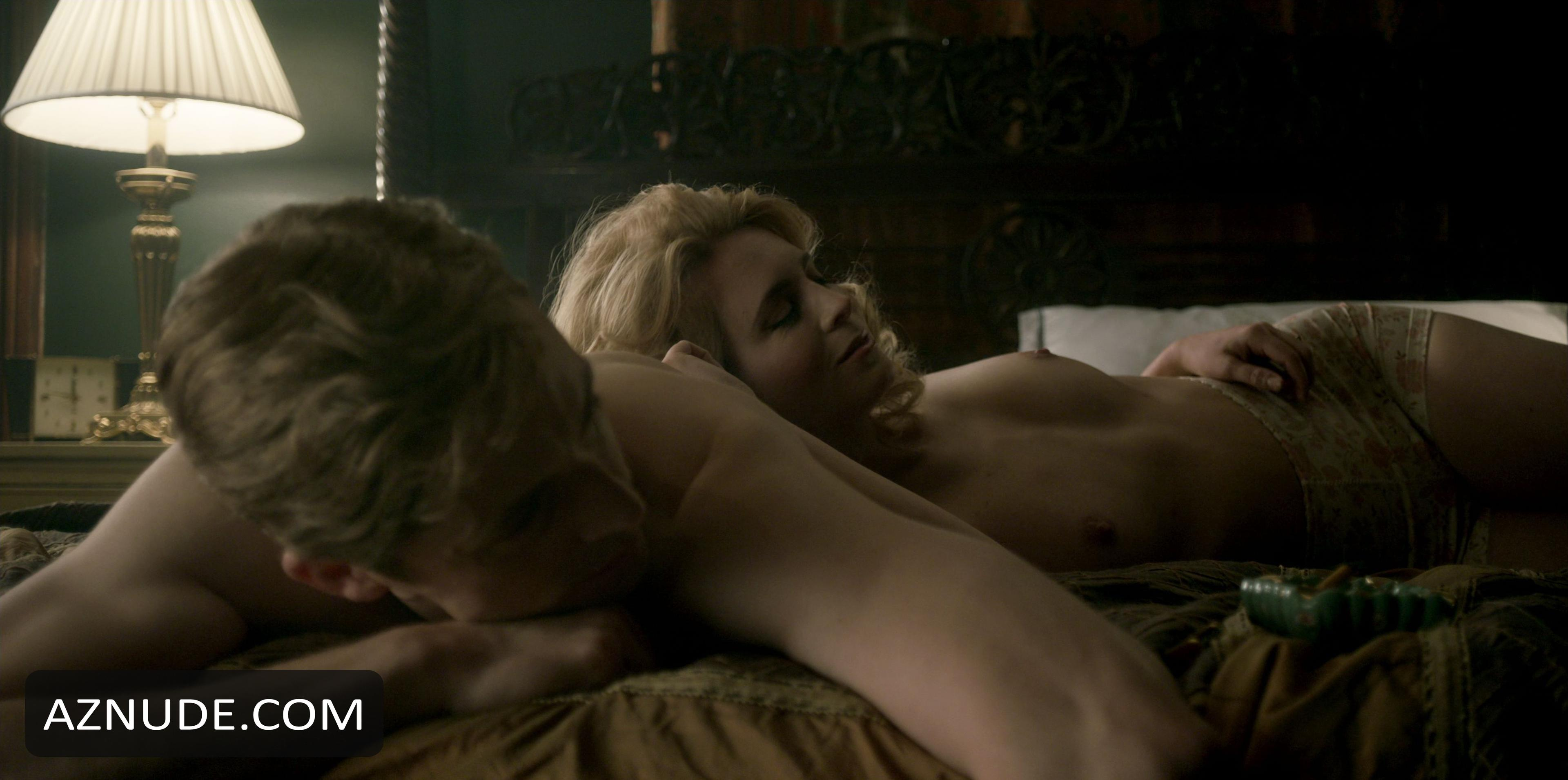 Celebrity Erin Doherty Nude Pics