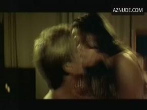 Zoe Felix  nackt