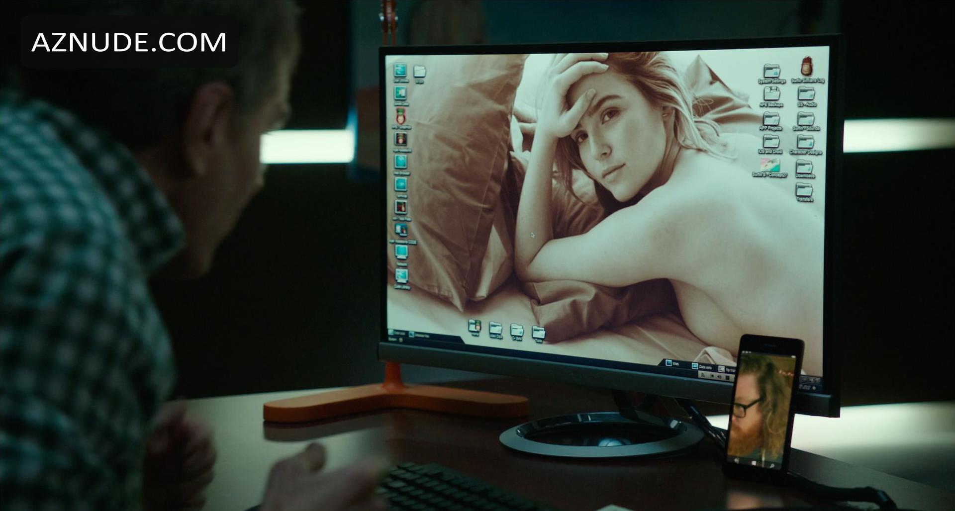 Zoey Nude 73
